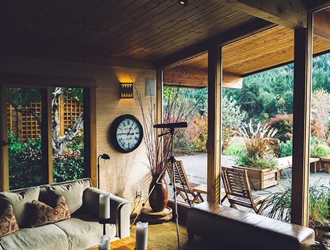 salon vue intérieur / extérieur